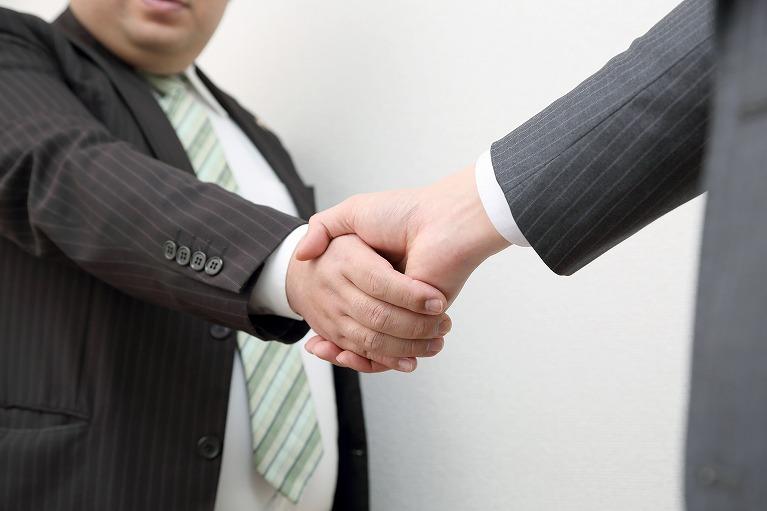 労働問題を弁護士に依頼するメリットとタイミングとは